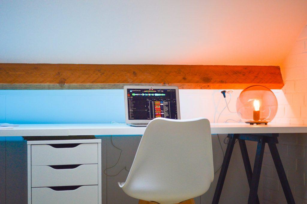 escritorio 2 metros