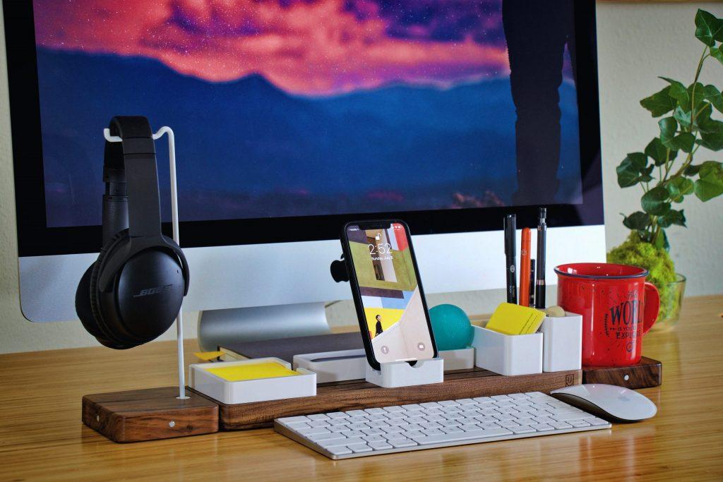 escritorio minimalista madera