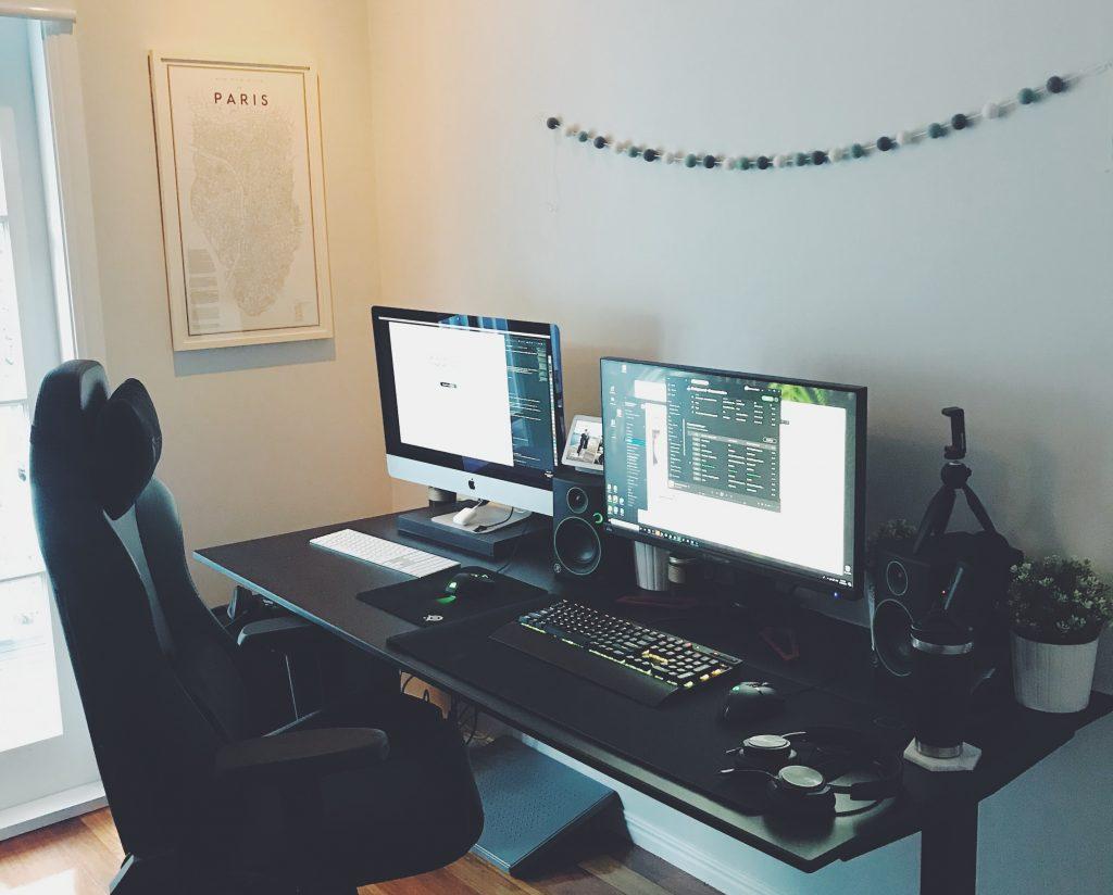 escritorio ajustable