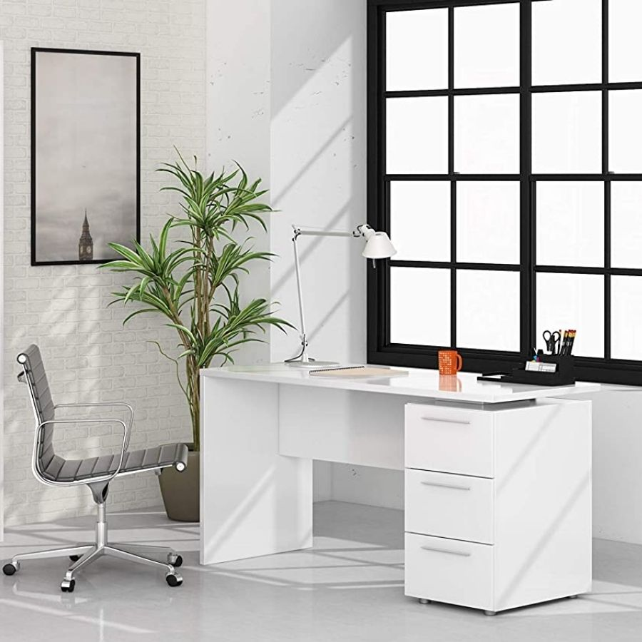 escritorios con muchos cajones